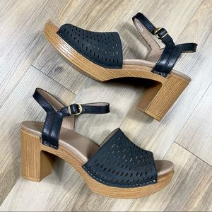 Dansko Clog Platform Heeled Wood Look Sandals 41